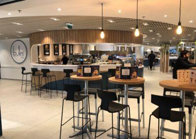 Nouveau concept de l'espace restauration d'une cafétéria